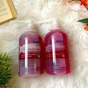 *Free w/ Bundle* 🆕 Anti-Microbial Hand Soap
